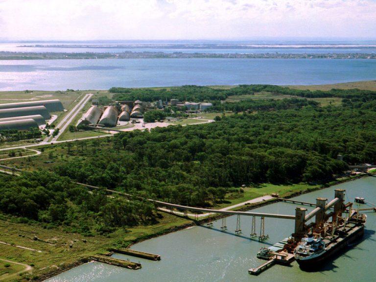 Fábrica de Óleo e Terminal - Rio Grande - RS